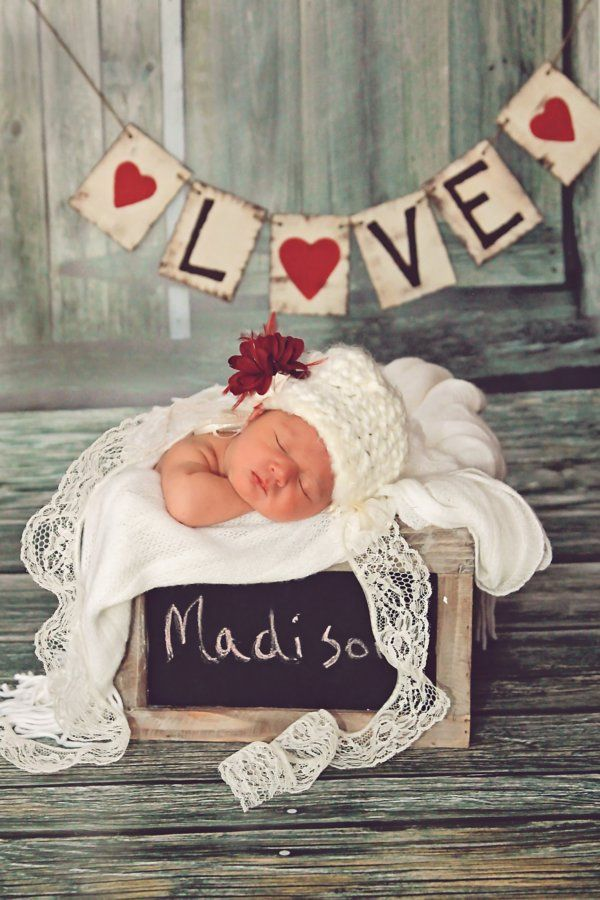 Love the bunting, very cool and contemporary. #Madison #baby #name | Shop. Rent. Consign. MotherhoodCloset.com Maternity Consignment