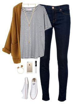 Nautical stripes with oversized sweater / fall clothes / autumn / cold weather / sweater weather / clothing / outfits / scarf season /