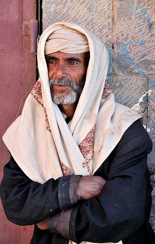Yemen, Man from Shibam  ::::   pinterest.com christiancross :::