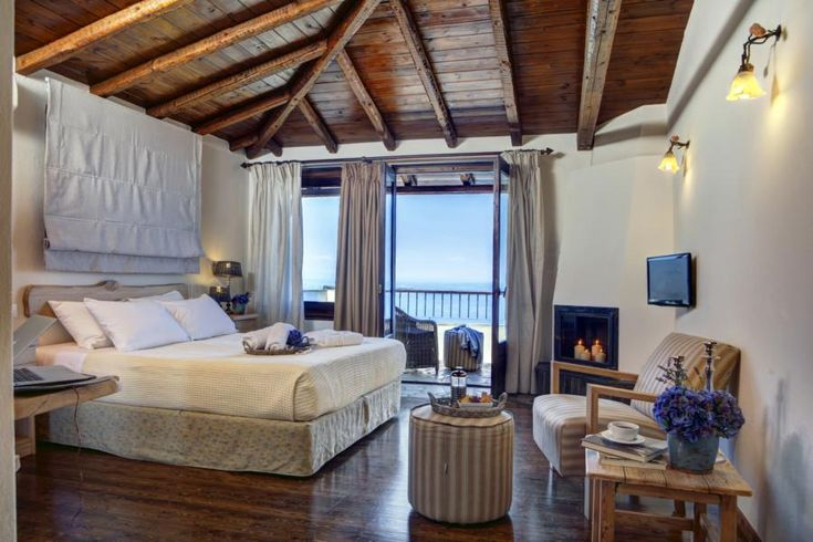 Dohos Hotel Experience is a little piece of heaven nested on Mount Kissavos.  Ideally situated in an idyllic location, it captures the best of two worlds: the Mountain and the Sea.