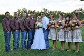 Groom/GM in jeans? Anyone have pics? :  wedding casual jeans pics Images?q=tbn:ANd9GcQZgKc7JdzeeGYS3hA9gT0gb7K QcMLuxuDbhATLavjEksfvMx
