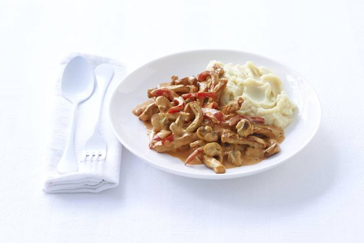 Snelle stroganoff met aardappelpuree - Recept - Allerhande