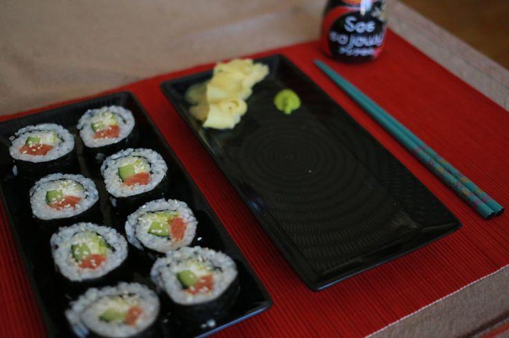 Jak zrobić sushi? Krok po kroku.