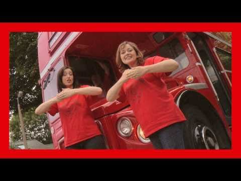 Singing Hands: The Wheels on the Bus - with Makaton