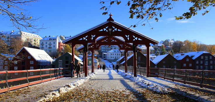 Gamle Bybro. Old Town Bridge.