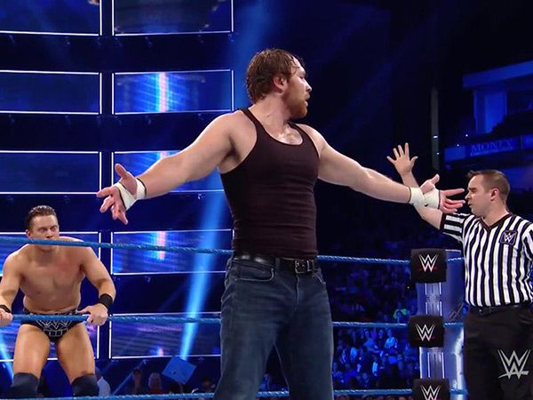 WWE Intercontinental Championship: Dean Ambrose Steals The Miz's Title In Epic Match