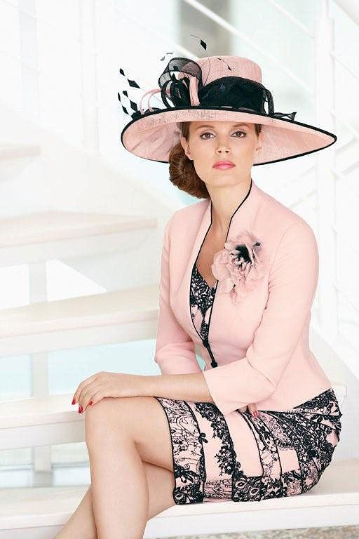 Condici 70774 - Condici specialises in elegant special occasion wear for the Mother of the Bride and Mother of the Groom, Wedding Guests and Ascot. Its range of classic Mother of the Bride outfits has been available for 25 years.