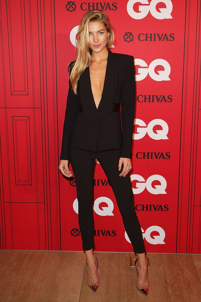 Jess Hart Black slim pant suit. Ok maybe I'll add something under the jacket for work but love love love it!