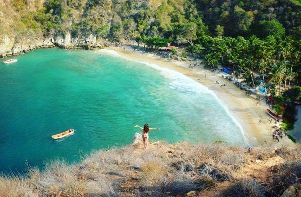 Un Paraíso llamado #Tuja en las costas del estado Aragua Venezuela...  ¡Gracias Naturaleza!  #Tourism #live #travel #go #place #discovery #beach #dream #green #journey #blue