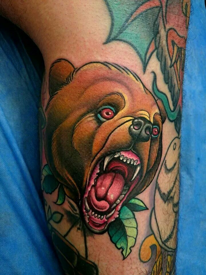 Neotraditional tattoo Angry bear by javier franco | Javier ...
