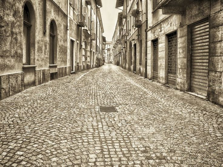 empty street by Giancarlo Gallo