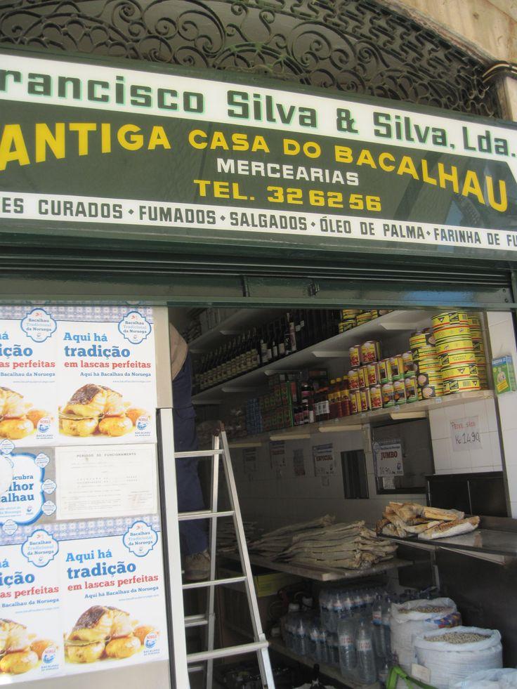 "The entry of the Bacalhau kingdoom chez ""Francisco Silva & Silva Lda"", Rossio Square"