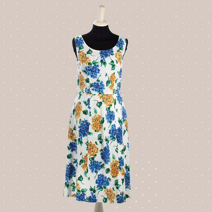 Abito bianco con fiori blu e gialli ideale per vintage pic nic