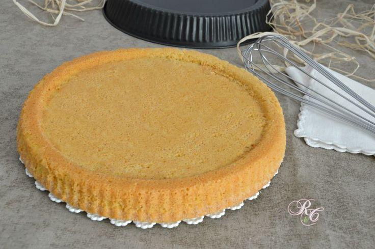 Vi piacerebbe creare un dolce che abbia l'aspetto di una crostata ma la sofficità di una torta? Con la base per crostata morbida è possibile!