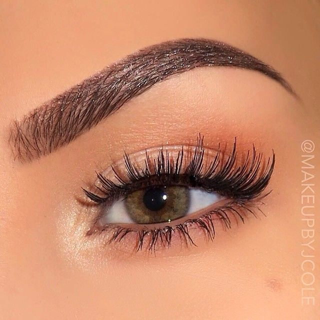"""makeupbyjcole Happy Saturday everyone  ️{Brows} @anastasiabeverlyhills Dark Brown brow wiz set with clear brow gel ️{Eyes} @anastasiabeverlyhills """"Vanilla"""" and """"Legend"""" in the inner corner and """"Caramel"""" in the outer corner and along the lower lashline. ️{Lashes} @ardell_lashes Glamour 102 black. Lancôme definicils mascara"""