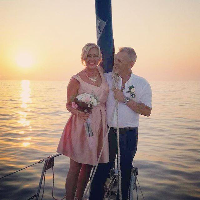 Romantic Sunset Wedding Cruise in Rethymno, Crete - www.royalblueevents.gr