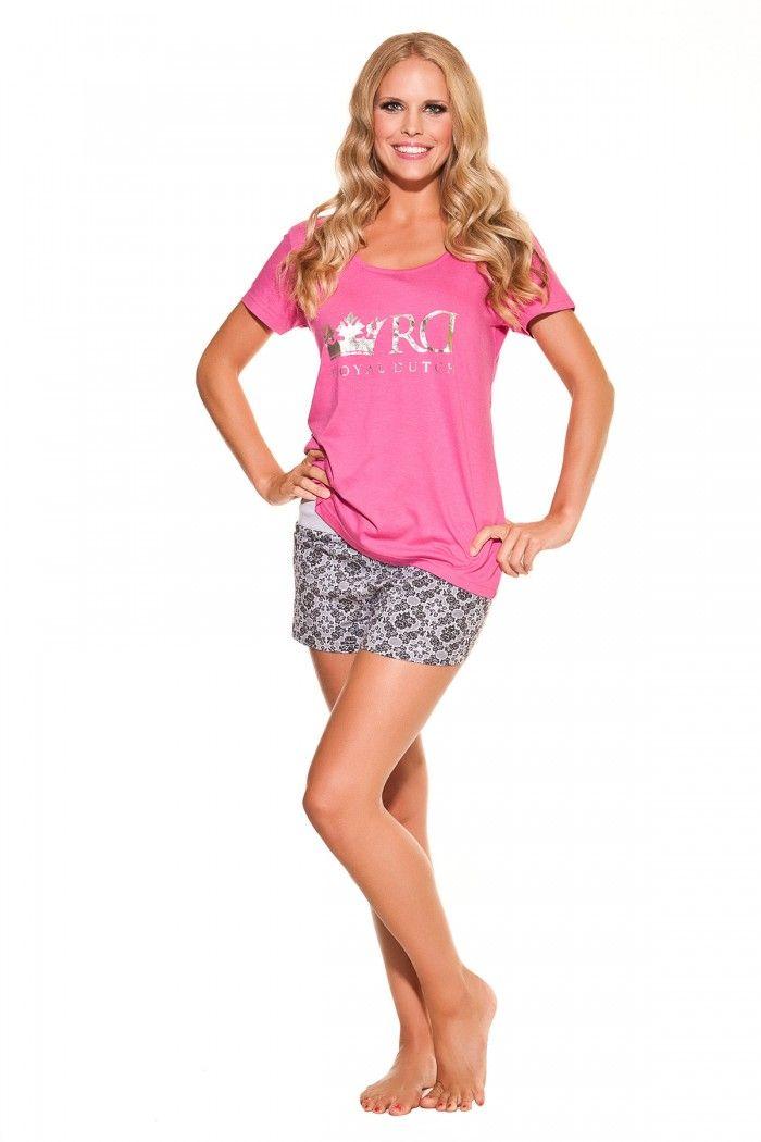 Super leuke pyjama met korte broek.  http://www.lingerie-athome.nl/product-type/nachtkleding/royal-dutch-pyjama-koraal-6964.html