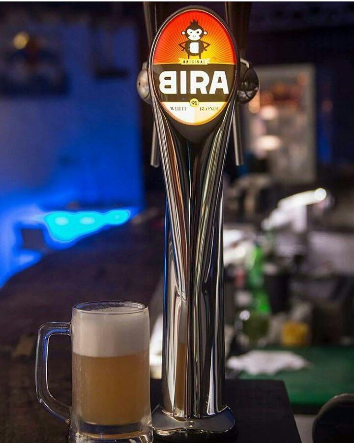 What could be a better combination than shots and beats . . Repost @euriskaindia    #instagood #cocktailporn #hammerlokal #vodka #grenadine #crushedice #orangensaft #bar #barkeeper #bartender #waitress #wochenende #havanamumbai #cocktails #boozing #boozeup #drinks #PuneNightlife #PuneInstagrammers #whatsupune