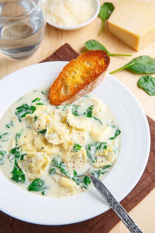 Spinach & artichoke dip tortellini soup