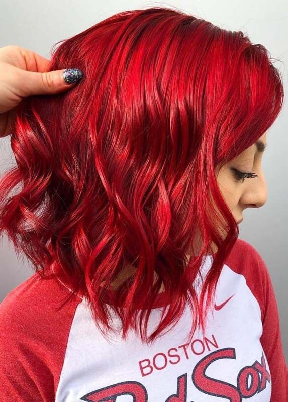Best Vibrant Red Hair Color Ideas To Try In Year 2019 Voguetypes Vibrant Red Hair Bright Red Hair Color Dyed Red Hair