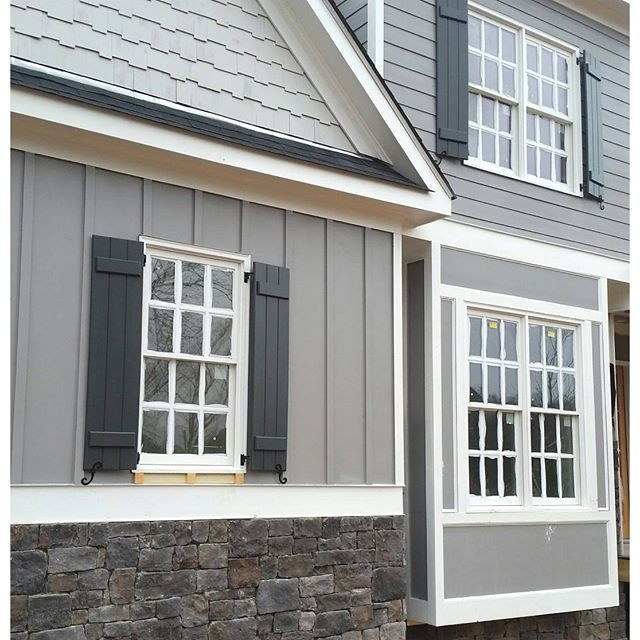 Gray Shingle paint color SW 7670 by Sherwin-Williams. View interior and exterior paint(Best Paint Colors)