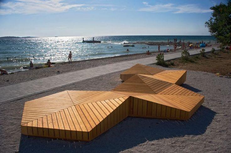 ARHITEKTURA NA PLAŽI Ekološko rješenje za sunčanje u Istri umjesto betona i plastičnih ležaljki -Jutarnji List