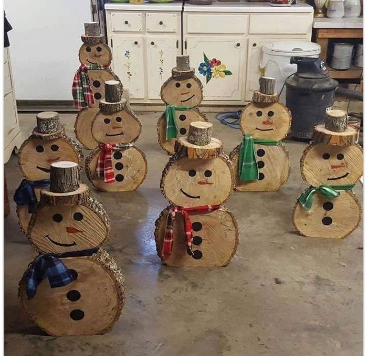 snowman do it yourself out of cuts of wood do it yourself projects pinterest winter. Black Bedroom Furniture Sets. Home Design Ideas