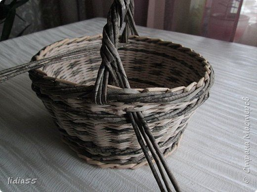 Мастер-класс Поделка изделие Плетение ручка для корзины  второй вариант Трубочки бумажные фото 7