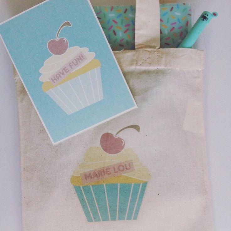 Personaliseerbare geschenkzakjes met bijpassend kaartje voor kinderen .
