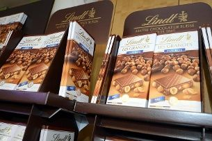 Forty-eight suspected members of the N'Drangheta, the Calabrian mafia, have been arrested as part of a wide-reaching surveillance operation by the Italian authorities. The suspects are believed to be behind the theft last year of 260 tonnes of Swiss chocolate.