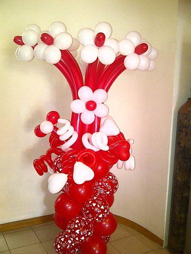 Valentines Day Bouquet Balloon Pillar