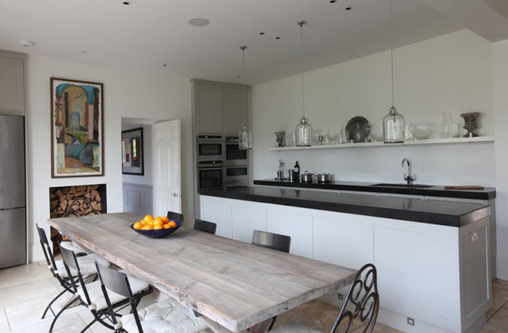 My post on how to get the lighting right in the kitchen is full of top tips on lighting so that you can make the most of your kitchen scheme and use lights for work and relaxation. Hop over to the blog to read up in more detail.