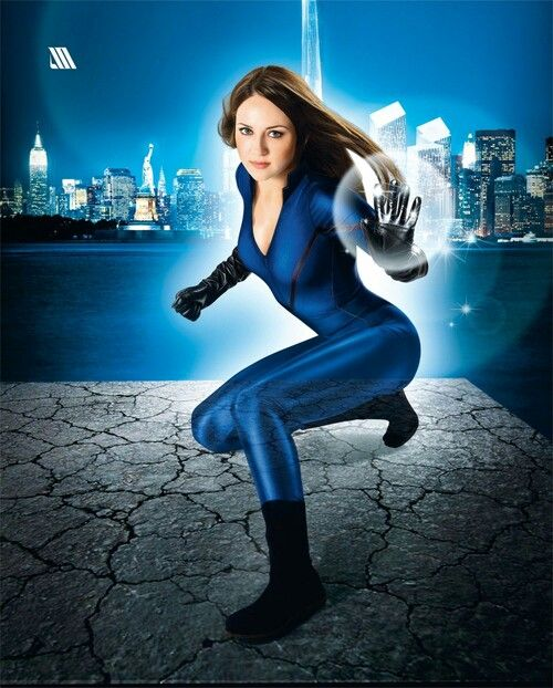 Invisible Woman Cosplay 109 best images about ...