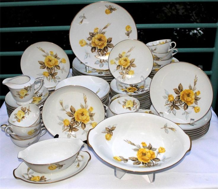 90 Piece Vintage Japan Georgianna Yellow Roses By Sango