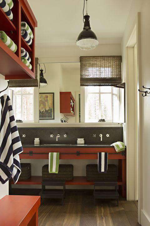 33 Einrichtungsideen, mit denen sich kleine Badezimmer größer anfühlen
