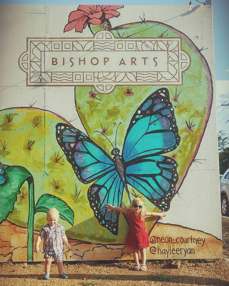 Fête de la Bastille (French National Day) at @bishopartsdistrict in @Dallas Texas #bastille #bastilleday #fetedelabastille #national day #frenchnationalday #fetenationale #fetenationalefrancaise #bishop #bishopartsdistrict #bishoparts #artsdistrict #Dallas #dallasart #art #Texas #siblings #kids #childhood #babies #brother #sister #enfants #bastilleonbishop #oakcliff #oakclifftx #wallart #painting #fresque #peinture #frenchinusa