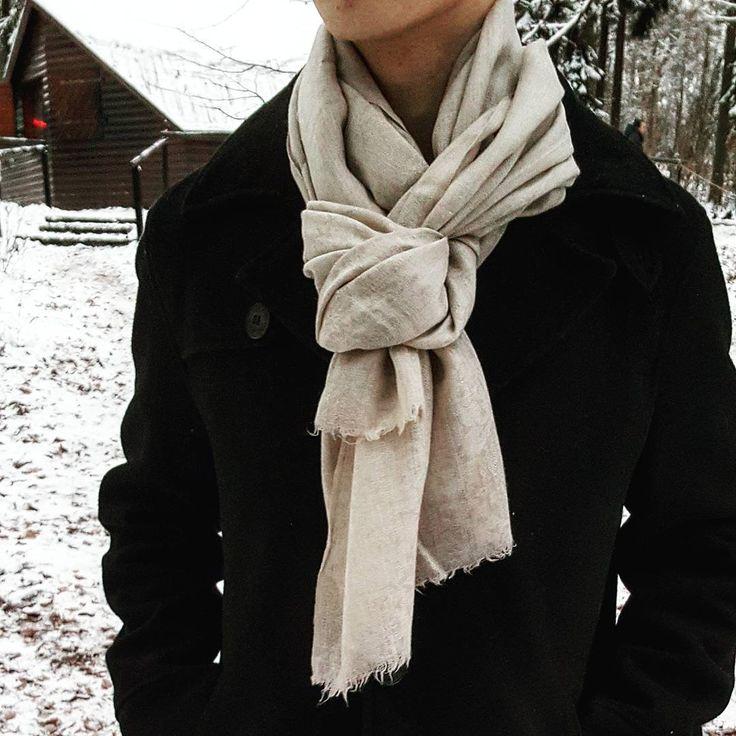 Enjoy winter with one of our beautiful scarves. Get them now on www.nisantari.com. #menswear #menwithclass #nisantari #accessories #gentleman #luxury #scarf #men #style #mnswr #mensfashion #business #cashmere #model #gentslounge #lookbook #ff #followback #dailystyle #classy #gq #fashion #mensgoods #dapper #beige #snow #Wiesbaden #Germany