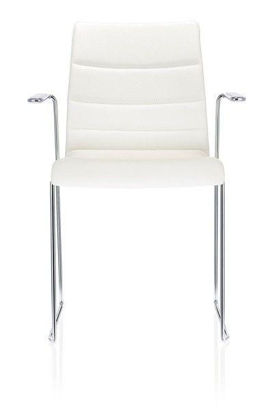 Jetzt bei Desigano.com Fina Kufengestell Sitzmöbel, Stühle, Konferenzstühle von Brunner ab Euro 539,00 € Leichtigkeit mit vielen Stärken - Komfortabler Stuhl mit dünner Formholzschale! Innovativer Schalenaufbau kombiniert mit schlankem Design: fina bringt mit Leichtigkeit Struktur in den Raum. Die Sitzschale dieser vielseitigen Serie ist in vielen Ausführungen erhältlich – als Formholzschale, in verschiedenen Polster-Varianten oder auch aus Kunststoff – und so passt fina zu den…