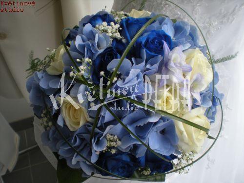 Svatební květiny | Svatební kytice kulatá z růží a hortenzie č. 408. | Květiny online, prodej a rozvoz květin