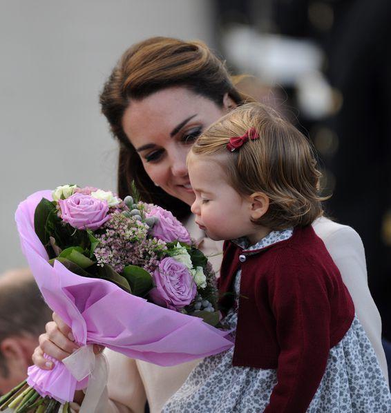 Kate Middleton et ses enfants disent 'bye bye' au Canada