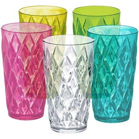 Fine krystallglass – av plast!