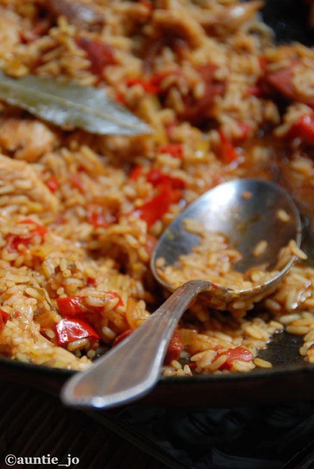 La cuisine cajun aux Etats-Unis, c'est la cuisine de Louisiane, de la Nouvelle-Orleans, des Bayous… Et le plat symbole c'est bien le jambalaya ! Celui là est au poulet et crevettes. Cette cuisine, ...