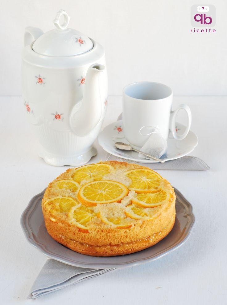 Torta all'acqua con arance e confettura