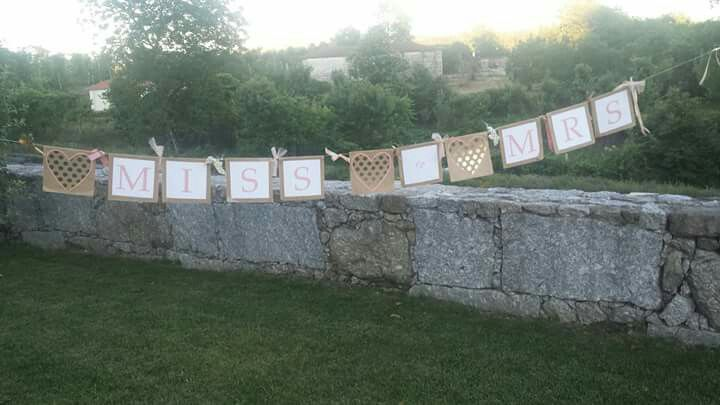 Bachelorette Pool Party. From Miss to Mrs banner.  Despedida de solteira na piscina. place: Quintas do Ermo, Portugal