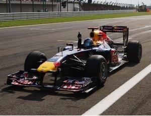 The 1 43 2011 Red Bull Racing Sebastian Vettel Renault RB7 From Minichamps