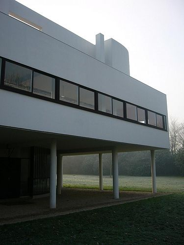 Best 25 poissy france ideas on pinterest villa savoye for Poissy le corbusier