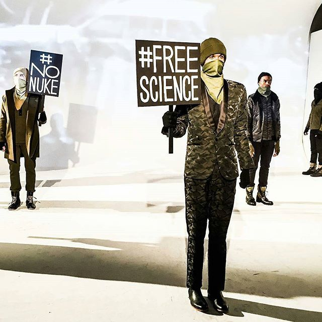 Many shows during this years New York Men's Fashion Week have been making political statements. Robert James was the most bold in his presentation with large signs supporting the various protests taking place in America over the last few weeks!  ------------------------------------------------------------------------- @Regrann from @hescockky - This Camo Suit by @byrobertjames though! | #instafashion #instadaily #instafamous #instastyle #instablogger #nyc #nycblogger #blogger…
