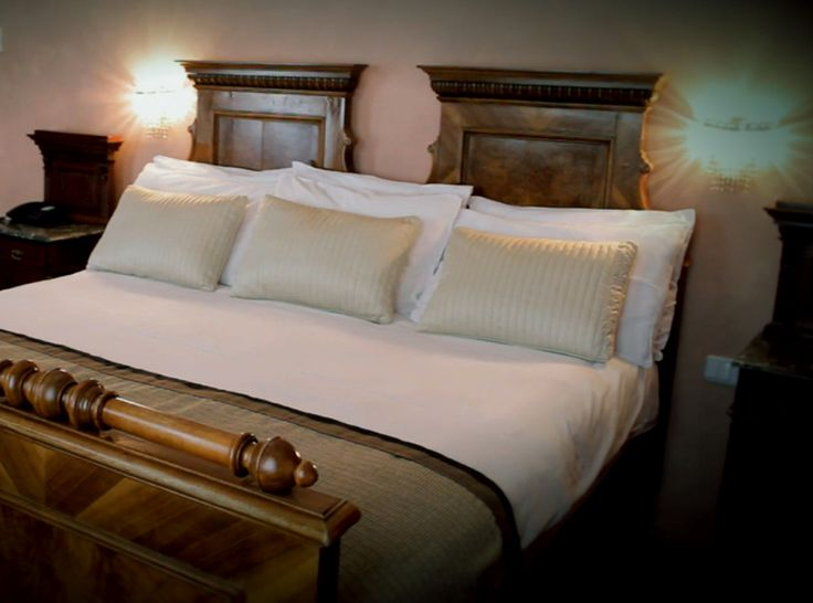 Antique Room Hotel Roma Prague www.hotelromaprague.com
