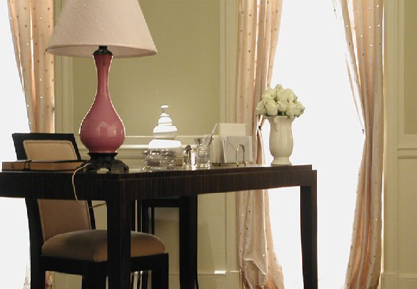 Charlotte's apartment (from Sex and the City) was always my favorite- I've always loved those mirrored curtains!