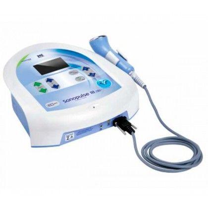El Sonopulse III es un dispositivo microcontrolado de ultrasonido terapéutico que opera en las frecuencias de 1 y 3 MHz, desarrollado para su uso en la fisioterapia y en la estética. Presenta ERA (área efectiva de radiación) de 7cm² con frecuencias de 1 o 3 MHz. La potencia máxima de salida es de 21 Watts. Tiene 46 protocolos pre-programados y 20 protocolos privados.
